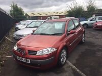 2004 Renault megane 1.4 16v red nice modern car with mot