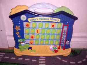 LEAP'S PHONICS LIBRARY