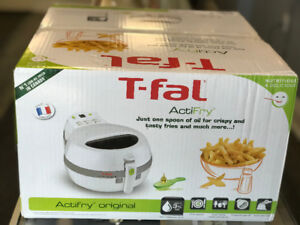T-Fal ActiFry  Original White    Brand New.