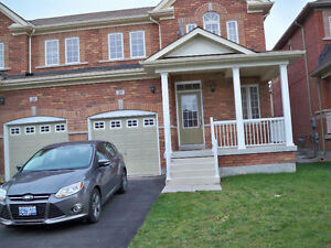3 br (upper level) in Northwest Brampton