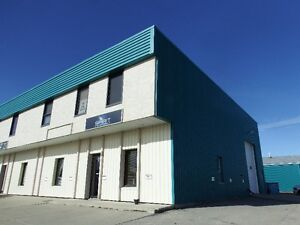 DRAYTON VALLEY COMMERCIAL OFFICE & WAREHOUSE FOR LEASE