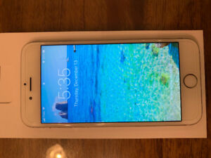 iPhone 6S 64GB Like New!
