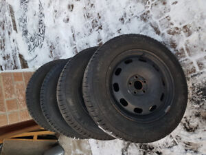 195/65 R15 (5x100) MICHELIN X-ICE - ONLY USED 1 SEASON
