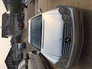 2004 Mercedes-Benz CLK-Class Coupe (2 door)