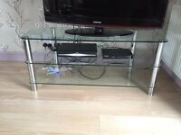 GLASS TV / Media Table