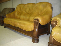 EXTREMELY BEAUTIFUL SOLID OAK AND REAL LEATHER COUCH AND CHAIR