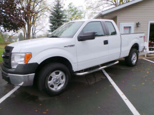2014 FORD F-150 XL, 4X4, SUPERCAB, ONLY 68,000 KMS