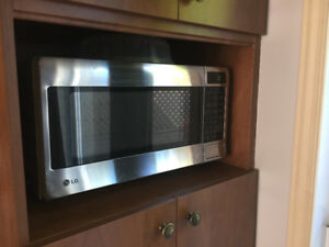 Micro-onde LG Stainless Steel fonctionnel