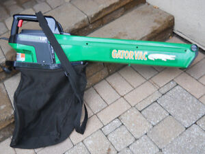 Leaf Blower and Vac by Weed Eater VIP Gator like new