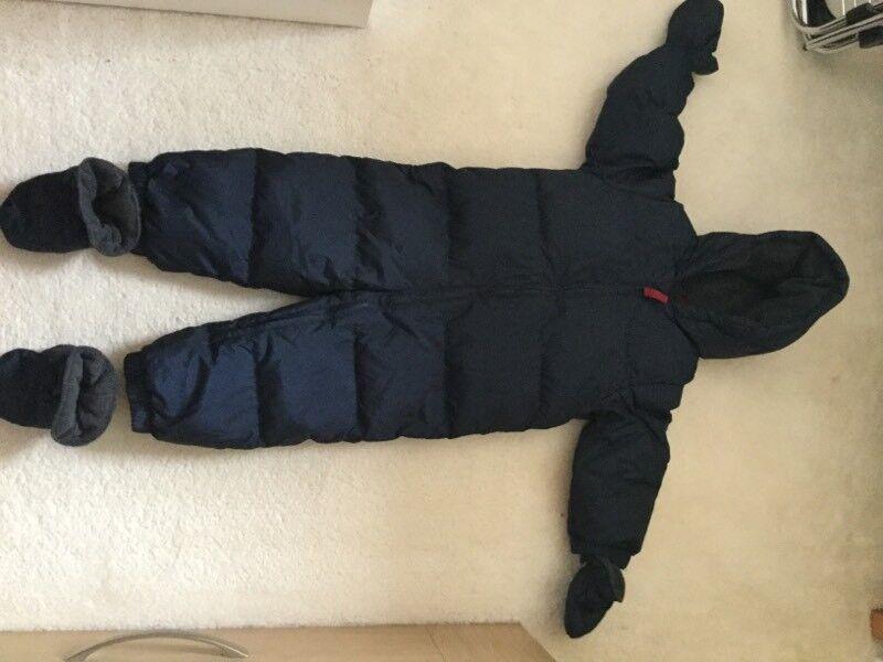 Gap snowsuit 18 - 24 months