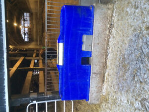 Insulated spi water trough