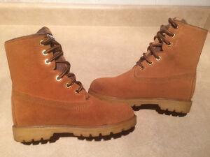 Kids Kodiak Thinsulate Insulation Winter Boots Size 2 London Ontario image 5