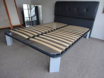 DOUBLE BED FRAME DK GREY TUBE METAL CUSHION BEDHEAD TIMBER LEGS