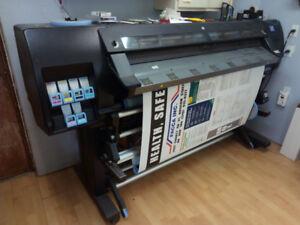 HP L26500 Wide Format Printer