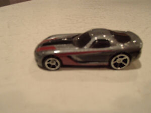 Loose Hot Wheels 2005 Dodge Viper 1/64 Scale diecast Car Sarnia Sarnia Area image 2