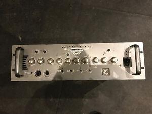 Yorkville Bassmaster 800W Bass guitar amplifier rackmount head