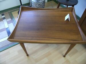 MID CENTURY TEAK AND WALNUT COFFEE/END TABLES