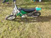 70 CC GIO dirtbike runs great has new parts need gone make offer