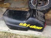 Good condition MXZ 670 Seat