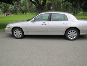 2005 Lincoln Towncar