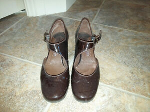 Black leather wedges, size 8 Edmonton Edmonton Area image 2