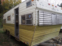 OLD travel trailers $300+ GREAT for scrap, parts or storage