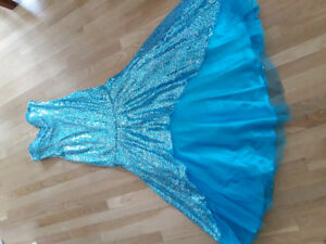 SEQUIN MERMAID Style  DRESS Size 10 Turquois