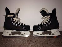 Like new youth size 13 Bauer skated