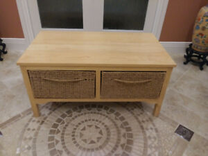 Solid Wood Bench with Seagrass Baskets: Excellent Condition