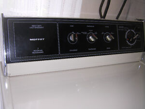 MOFFAT ELECTRIC HEAVY DUTY CLOTHES DRYER Cambridge Kitchener Area image 2
