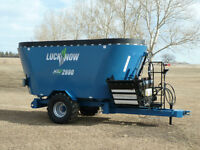 LuckNow Vertical Feed Mixer