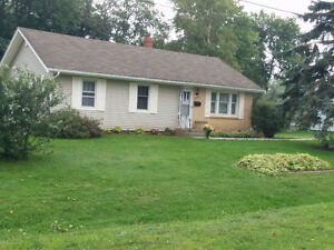 Open House(REDUCED$4000.)Stratford Waterview Rancher on .3 acre.