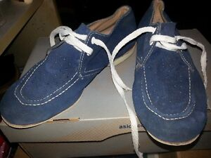 Woman's Bowling Shoes London Ontario image 1