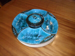 Blue Mountain Hors d'oeuvres Dish with Lazy Susan - Belleville Belleville Area image 1