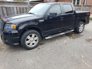 2007 Ford F-150 Supercrew sport Pickup Truck