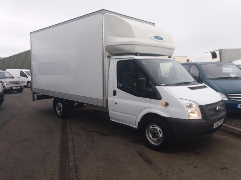 Ford Transit 2.2TDCi ( 125PS ) ( EU5 ) Luton / box van with taillift 55k miles
