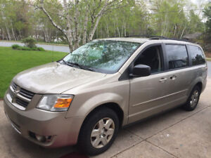 2009 Dodge Caravan with Front Transfer Seat