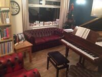 Piano lessons with performing Classical Pianist