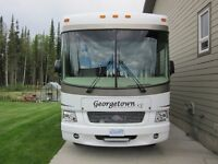Class A Motorhome Loaded with Options