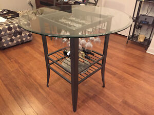 "42"" round pub table with glass top"
