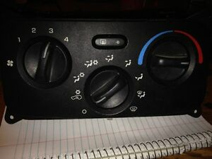 HEATER CONTROL SWITCH FOR JEEP LIBERTY London Ontario image 1