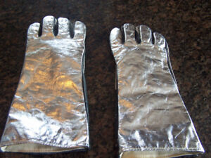 ALUMINIZED LEATHER WITH CHROME HI-TEMP GAUNTLET GLOVES