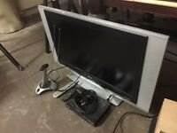 "lg 33"" tv with free veiw box"