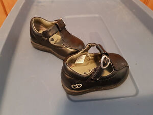 """Size 3 toddler """"Zoe"""" dress shoes with velcro"""