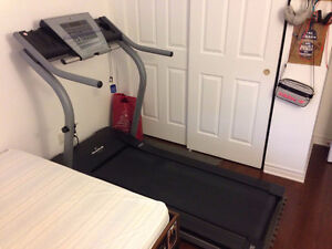NordicTrack EXP 3000 Treadmill West Island Greater Montréal image 2