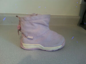 Nike fall boots for little girl