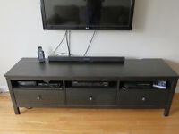 Meuble de TV noir / Black wood TV stand
