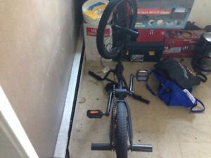 $250 dollar Haro trick bike used flat tires 250 cash