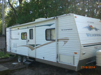 27 Ft Fleetwood Wilderness Trailer for Sale