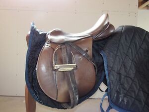 Lovatt & Ricketts 'Sylvan' Deep Seat Hunt English Saddle 4 SALE